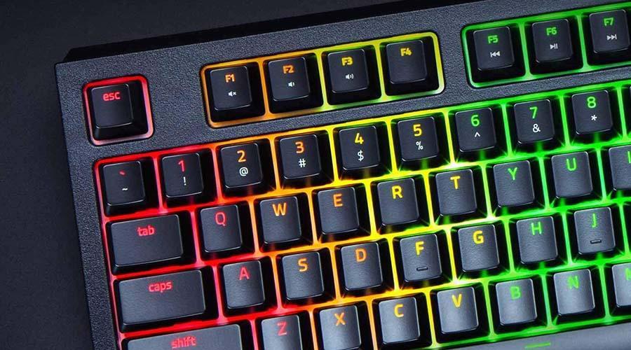 صفحه کلید مخصوص بازی ریزر بلک ویدو 2019