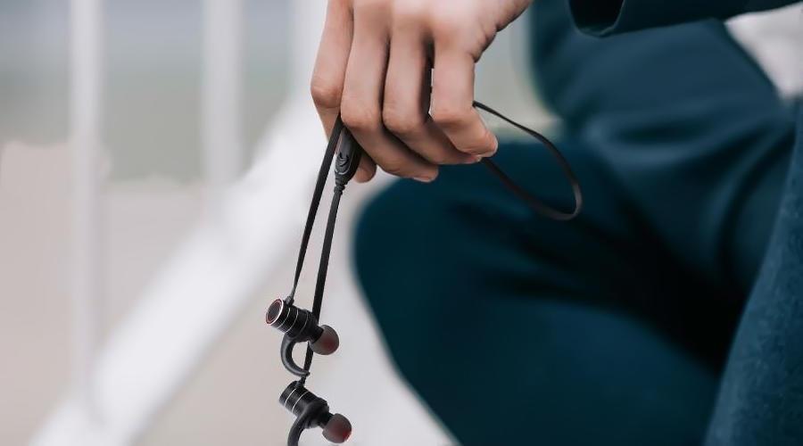 هندزفری بلوتوث آوی مدل AK9
